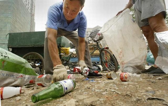 2004-7-20-china-poverty